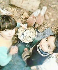 Even if the Muslims Living Standards is Bad in Syria, Their Generosity Still Remains High #Children #Boy #Bird #Food #Animal