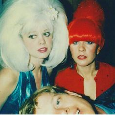 """harder-than-you-think: """"Cindy Wilson, Kate Pierson and Ricky Wilson, The late """" Cindy Wilson, Kate Pierson, B 52s, Photo Star, 60s Hair, The New Wave, Post Punk, Bun Hairstyles, Bands"""