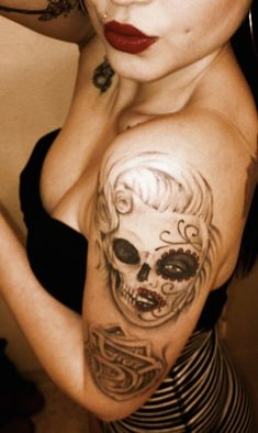 Marilyn Monroe sugar skull tattoo #TattooModels #tattoo