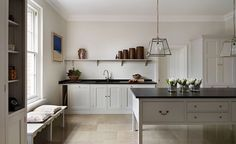 Remodelista: Sourcebook for Considered Living - Plain English