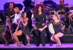 Chaka Khan honored at Hollywood Bowl Opening Night - she sang; 7 extraordinary dancers danced