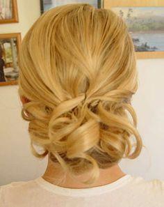 Low Loose bun hairstyles for weddings