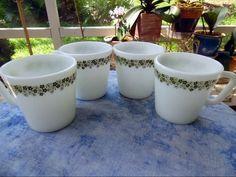 Set of 4 Pyrex Corning Ware Green Crazy Daisy Spring Blossom Coffee Mug Cup (4)