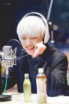His angelic smile can bright up the whole world Winner Album, Kim Song, Seungyoon Winner, Winner Kpop, Kang Seung Yoon, Song Mino, Korean Star, Seong, Yg Entertainment