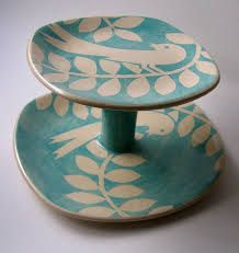 ken eardley pottery  - bird cake stand