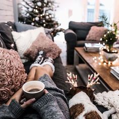Are you looking for ideas for christmas inspiration?Browse around this site for perfect Xmas ideas.May the season bring you peace. Christmas Mood, Noel Christmas, All Things Christmas, Christmas Themes, Christmas Decorations, Holiday Decor, Christmas Pictures, Christmas Gifts, Winter Things