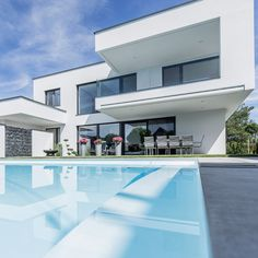 Pure Products, Mansions, House Styles, Home Decor, Windows And Doors, Contemporary Design, Architecture, Homes, Decoration Home