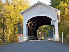 Harris covered bridge, Oregon