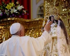 Pape François - Pope Francis - Papa Francesco - Papa Francisco : 5-13 avril 2015 – Voyage du Pape en Amérique du Sud : Ecuador, July 5-8 : Pope Francis met with priests, religious, and seminarians at the national shrine of the Virgin of Quinche in Ecuador.