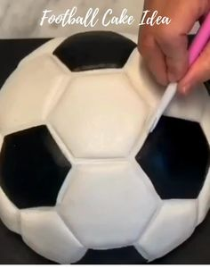 Great Cake Idea if you love Football) Enjoy) by Cake Designs For Boy, Fondant Cake Designs, Fondant Cake Tutorial, Football Cake Design, Football Cakes For Boys, Football Birthday Cake, Pig Birthday Cakes, Cake Decorating Techniques, Cake Decorating Tutorials