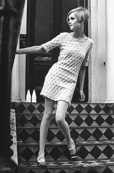 Miniskirts years 60s 70s • 1 • Girls sixties + seventies images gallery minidress pictures