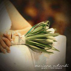 ramo de novia de tulipanes blancos