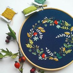 FRIDAY STITCH CRUSH It was hard to choose which one of @georgie.k.emery embroideries to share with you because the are all delightful. Hop over to Georgies feed (and Etsy shop!) to see her nature-inspired pieces and my favourites the wreath collection. Have an ace weekend!  @georgie.k.emery  #contemporaryembroidery #embroiderersofinstagram #embroidery #hoopart #etsyshop #etsyuk #fridaystitchcrush #needlework #broderie