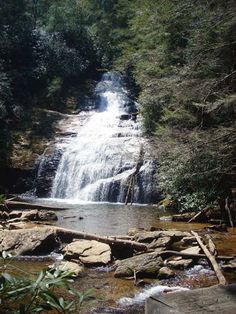 Helton Creek Upper Falls (60 feet high)  - Chattahoochee National Forest, Blairsville, Georgia;  photo from Great Georgia Properties