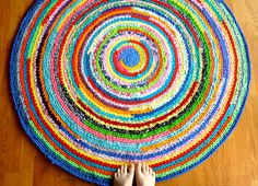 Jumble Rug.  If you want to have a rug like this from leftover yarn then you must not be shy with bright colored yarn so you'll have these beautiful colors left over!!  I love it!!