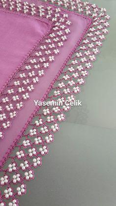 Two Row Beaded Crochet Lace Making - Blumen Crochet Lace Edging, Crochet Borders, Bead Crochet, Crochet Crafts, Crochet Flowers, Crochet Projects, Hand Embroidery Patterns, Beaded Embroidery, Embroidery Designs