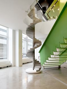 """Matter Design's """"Helix"""" Stair Takes Concrete to the Next Level"""