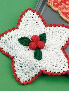 Crochet - Holiday & Seasonal Patterns - Christmas Patterns - Holly Berry Potholder