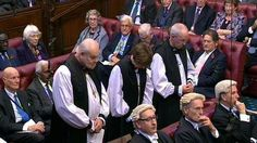 Call for fewer Church of England bishops in House of Lords - BBC News