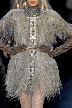 I would wear this if it was elegantly knee length ~ Jean Paul Gaultier Haute Couture Fall 2010 Couture Details, Fashion Details, Fashion Design, Grey Fashion, High Fashion, Fashion Art, Silhouettes, Glamorous Chic Life, Feather Fashion