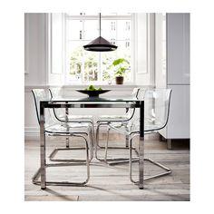 GLIVARP Ausziehtisch IKEA Die lichtdurchlässige Glasplatte lässt den Tisch kleiner wirken; er verschmilzt quasi mit der Einrichtung; auch bei wenig Platz.