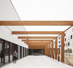 Galería de Lyric / D.A Architectes - 2