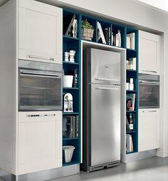 Cucine Lube Kitchen Display, Kitchen Cabinet Design, Diy Kitchen, Kitchen Cabinets, Kitchen Appliances, Cuisines Design, French Door Refrigerator, Luxury Living, Glass Door