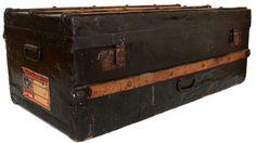 Scheepskist / trunk / luggage / suitcase / vintage http://www.vonliving.nl/Webwinkel-Product-17666052/Scheepskist.html#
