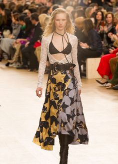 Nina Ricci – Fashion Week Paris H/W 2017/18 | ELLE