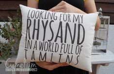 ACOTAR - ACOMAF - Looking for my Rhysand - for bookworms - hand made decorative pillow by CymeliumStore on Etsy https://www.etsy.com/listing/457553476/acotar-acomaf-looking-for-my-rhysand-for
