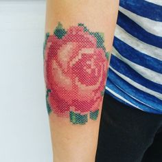 "220 mentions J'aime, 19 commentaires - Sinergia Tattoo Studio (@luiskin1) sur Instagram: ""#tattoo #luisquinterotattoos #museodeltatuajeméxico #crossstitchtattoos #rosetattoo #tattoolife…"""