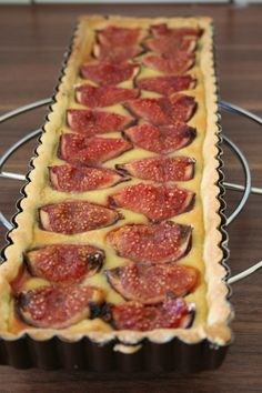 Fromache pie: pie with figs Fall Recipes, Summer Recipes, Sweet Recipes, Breakfast Dessert, Dessert Bars, Cooking Time, Cooking Recipes, Delicious Desserts, Dessert Recipes
