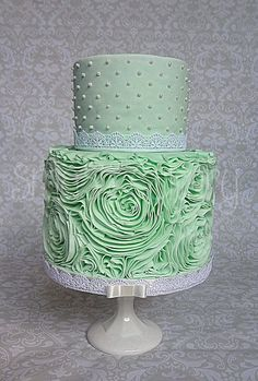 Mint rose ruffle cake - All fondant mint rose ruffle bridal shower cake. The ruffling took 8 hours, due to a couple of false starts. I used the lovely Sharon Wee ruffle tutorial. Beautiful Wedding Cakes, Gorgeous Cakes, Pretty Cakes, Amazing Cakes, Cupcakes, Cupcake Cakes, Shoe Cakes, Double Barrel Cake, Green Cake