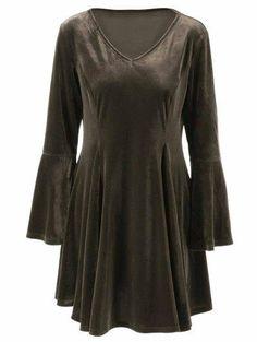 Campana de terciopelo mangas Fit y vestido de la llamarada