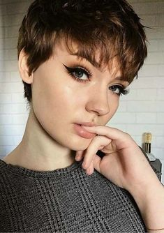 Today we have the most stylish 86 Cute Short Pixie Haircuts. We claim that you have never seen such elegant and eye-catching short hairstyles before. Pixie haircut, of course, offers a lot of options for the hair of the ladies'… Continue Reading → Stylish Short Haircuts, Long Pixie Hairstyles, Short Pixie Haircuts, Trending Hairstyles, Hairstyles Haircuts, Shaggy Pixie, Haircut Short, Long Hairstyle, Poxie Haircut