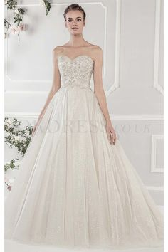59f60c6092 Shining A-line Sweetheart Chapel Train Tulle Fabric Bridal Wedding Dresses  with Beading Style