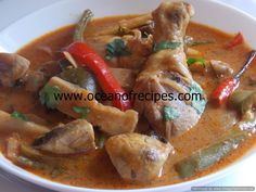 Thai red curry with chicken and bamboo shoots Thai Red Chicken Curry, Thai Red Curry, Thai Recipes, Indian Food Recipes, Bamboo Shoots, Red Curry Paste, Thai Dishes, Lemon Grass, Lime