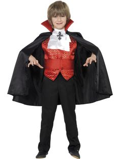 You can buy a Boy's Dracula Boy Costume Set for Halloween parties from the Halloween Spot. Dress like Dracula with this Cape, Cummerbund, Cravat & Waistcoat. Halloween Mode, Halloween Fashion, Boy Costumes, Halloween Fancy Dress, Christmas Costumes, Halloween Costumes For Kids, Halloween Party, Halloween Vampire, Halloween Horror