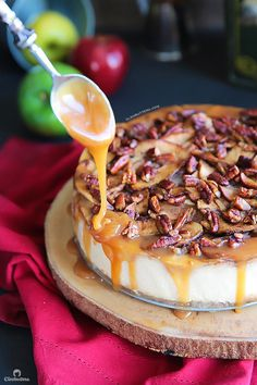 An exceptionally creamy cheesecake with a topping that tastes like a mash up between apple pie and pecan pie. A drizzle of salted caramel…