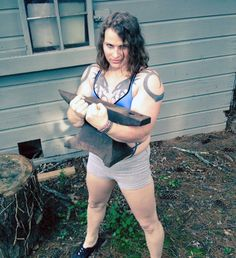 I PICK THINGS UP AND PUT THEM DOWN.This is actually a horribly unflattering picture, but I sure look jacked!