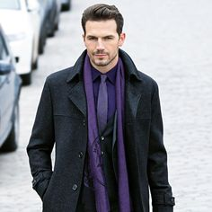 A key style for coats in the ROY ROBSON winter collection is the use of faux waistcoat inserts in fashionable textured fabrics and make ideal business partners. #royrobson #returntoessence #AW2016