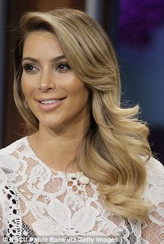 Kim Kardashian blond curls