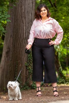 Pantaloni negri trei sferturi SNK PLUS 01 - AMA Fashion Capri Pants, Plus Size, Fashion, Moda, Capri Trousers, Fashion Styles, Fasion, Plus Size Clothing