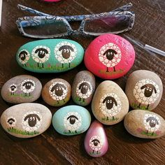 Sheep painted on stones | by glinsterling