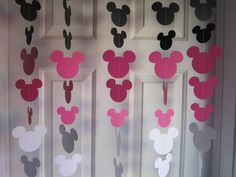 Hey, I found this really awesome Etsy listing at https://www.etsy.com/listing/119930796/black-pink-and-white-minnie-mouse