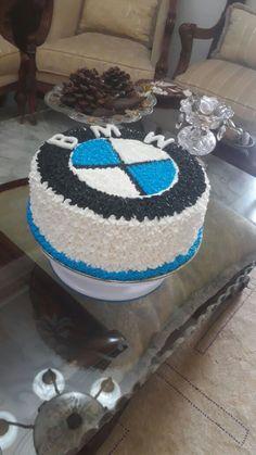 BMW cake , done by my aunt😍😍 – birthdaycakeideas Birthday Cake For Father, Birthday Cake For Boyfriend, Birthday Cakes For Men, Creative Cake Decorating, Birthday Cake Decorating, Fondant Cake Tutorial, Cake Fondant, Fondant Figures, Bmw Torte