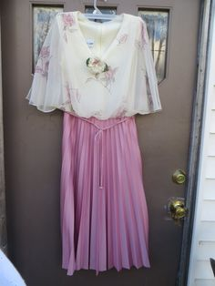 Gorgeous  . Vintage Acclaim by Seymour Levy by Linsvintageboutique