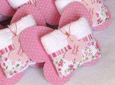 Toalhinhas de borboleta para lembrancinha de maternidade