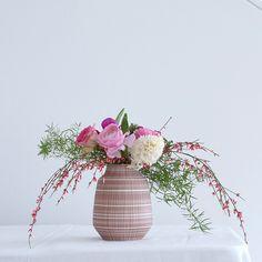 Vase Lyra rosa von Anna Sykora | la mesa wohnaccessoires