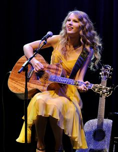 """Taylor Swift Photos: Country Music Hall Of Fame & Museum's """"All For The Hall"""" Concert"""